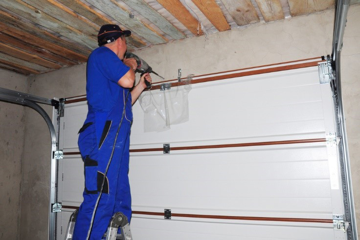 4 Reasons Your Garage Door Is Opening By Itself Home Matters Ahs