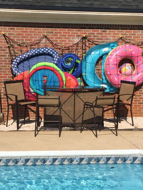 Cargo nets for pool floats