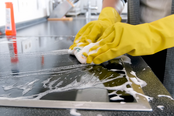 Deep cleaning kitchen