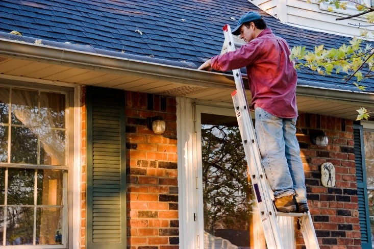Gutter cleaning costs