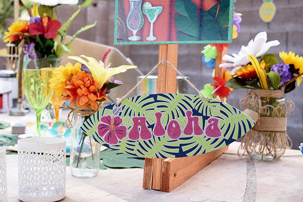 Hawaii themed party