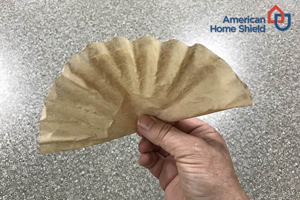 Wreath coffee filter fold