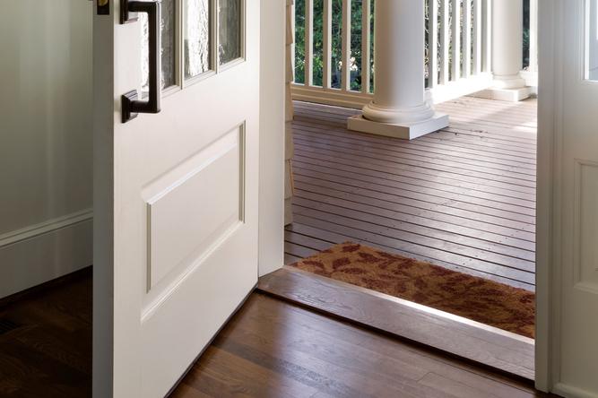 Door mat and hardwood floors
