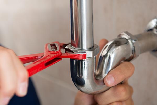 DIY plumbing leaky pipe